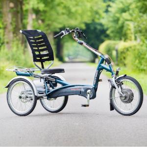 Fahren mit dem Dreirad-Reisezug